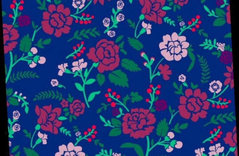 Tricky brain teaser asks if YOU can spot the crayon hidden in this floral wallpaper