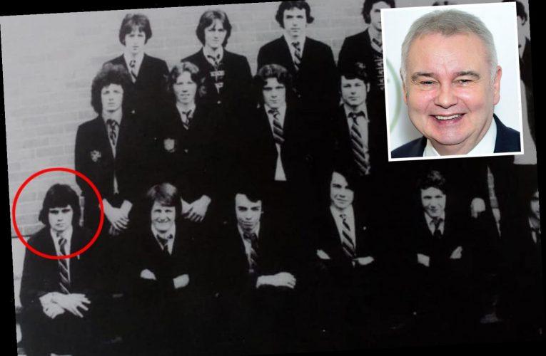 Eamonn Holmes shares incredible throwback to his college days and there's no mistaking who he is – The Sun