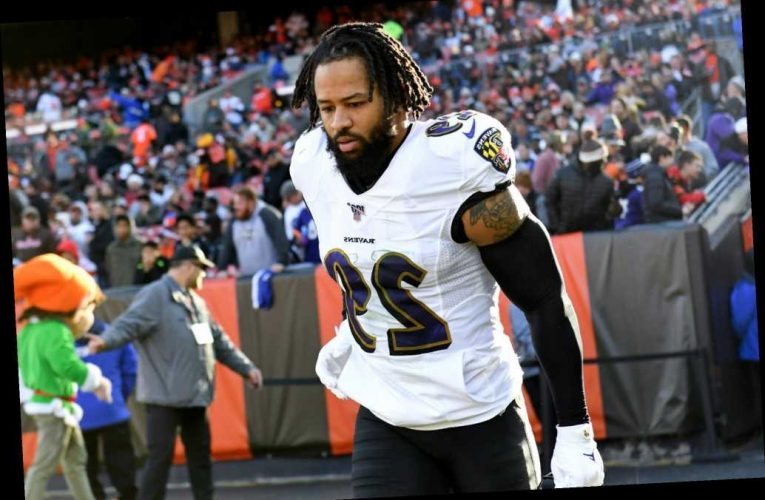 NFL star Earl Thomas allegedly held at gunpoint by wife after affair