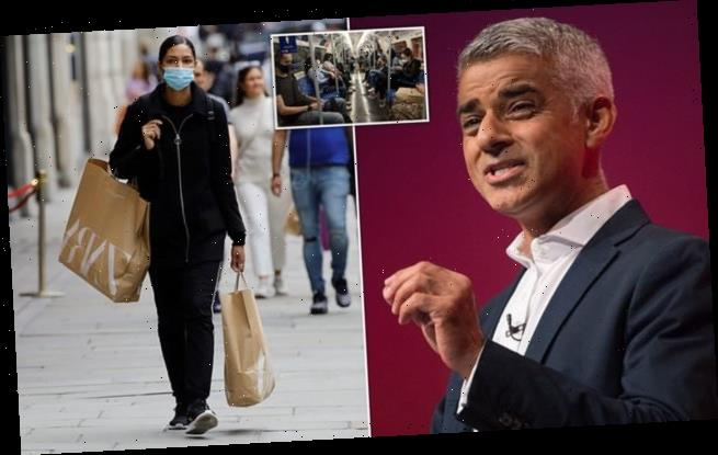 Sadiq Khan urges PM to make shoppers wear face masks