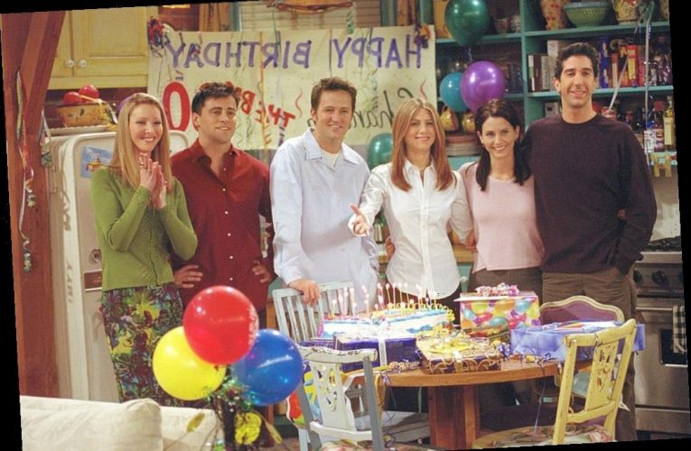 'Friends' Fans Couldn't Stand These 7 Totally Fake Things About the Show