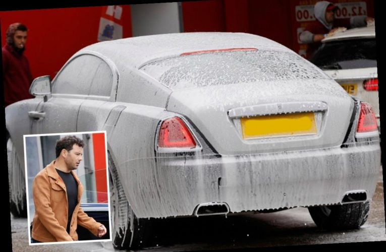 Ryan Thomas shows off his new £286k Rolls Royce at the car wash – The Sun
