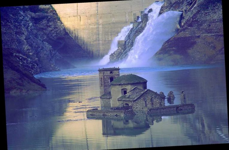 'Lost' Italian village set to emerge from watery depths for the 1st time in 27 years