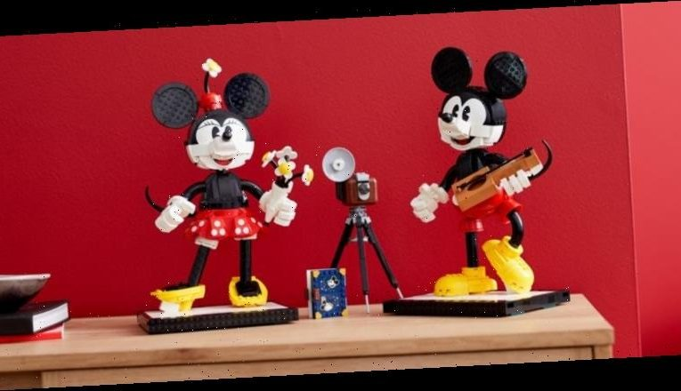 Cool Stuff: Mickey Mouse and Minnie Mouse Get Turned into Buildable LEGO Characters