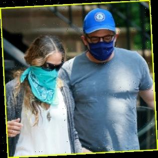 Sarah Jessica Parker & Matthew Broderick Pack Up Their Car for Weekend in the Hamptons