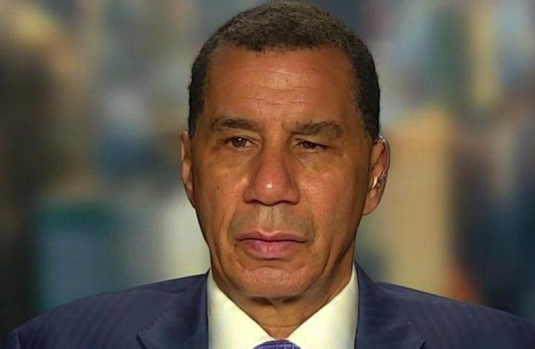 NY Gov. Cuomo apologizes to NYPD brass over riot response