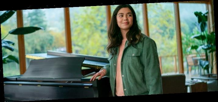 'All Together Now' Photos: 'Moana' Star Auli'i Cravalho Takes the Lead in a New Netflix Movie