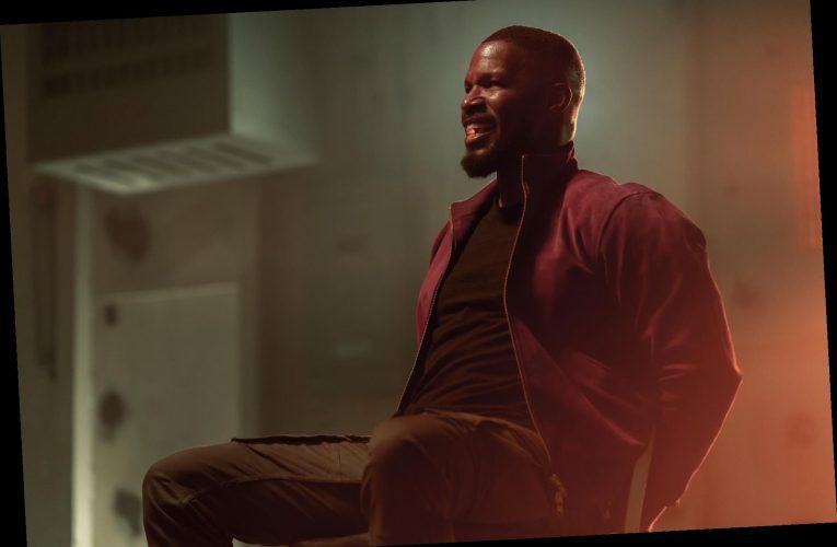 Jamie Foxx Fights Drug Dealers Peddling Superpowers in 'Project Power' Trailer