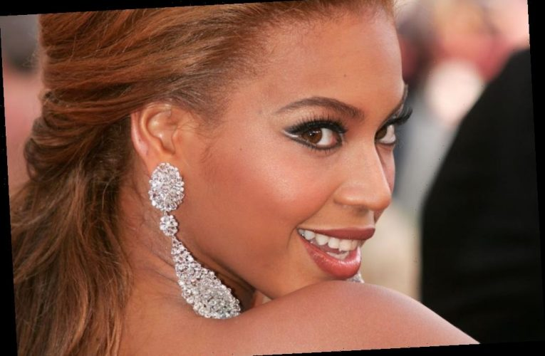 Beyoncé Did Her Own Makeup Before Performances to Get Into Character