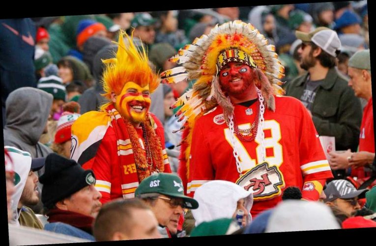 Chiefs ban fans from wearing headdresses, American Indian-themed face paint