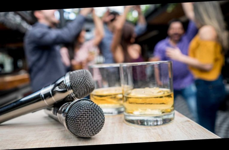 Pub in Spain bans popular sing-along song amid coronavirus fears: 'There will be no… touching hands'