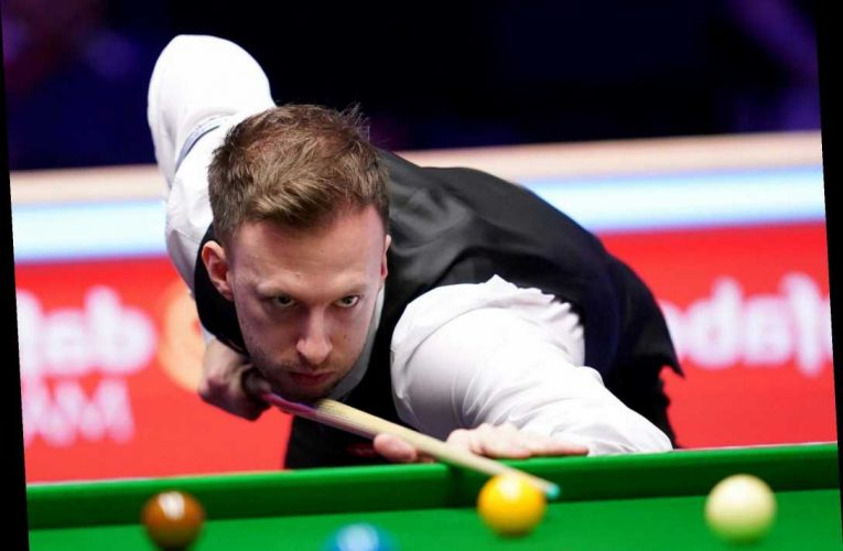 World Snooker Championship 2020: Judd Trump holds off Yan Bingtao to keep title defence alive