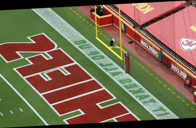 KC Chiefs Display Social Justice Messages In End Zones For NFL Kickoff