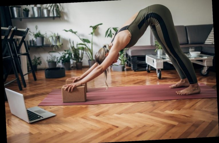 Experts Explain How To Modify Your Yoga Poses The 'Right' Way