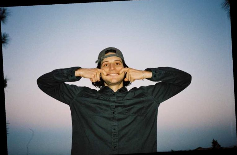 Jim-E Stack Previews New Album With 'Jeanie' Featuring Bon Iver