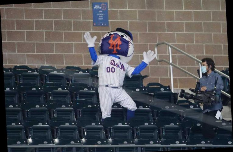 Mets' playoff hopes take massive hit in Orioles beatdown