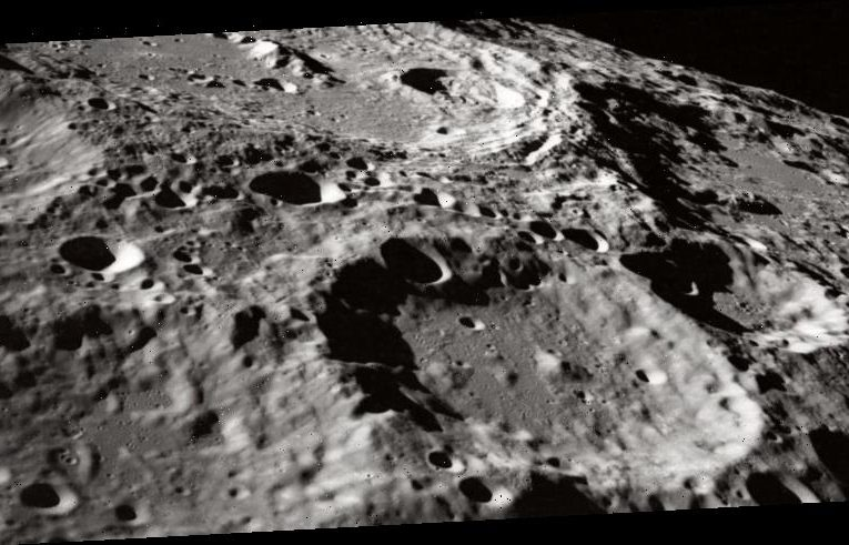 NASA sets out to buy moon resources mined by private companies