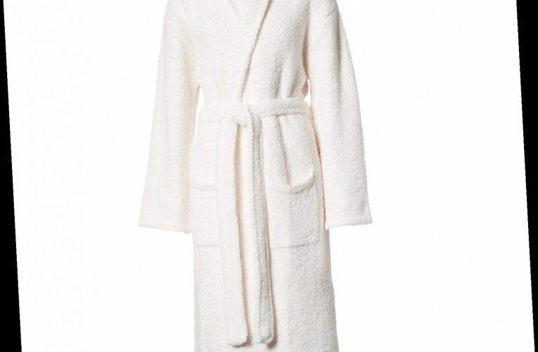 The Ultra-Soft Robes, Blankets, and Slippers Loved by Kourtney Kardashian, Shay Mitchell, and More Stars