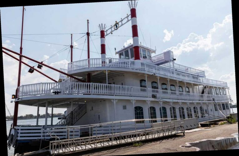 Party boat that earned Cuomo ire followed all the rules, owners say