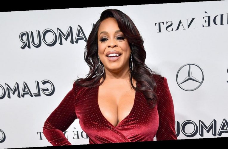 Niecy Nash Reveals She Broke Her Foot in Three Places