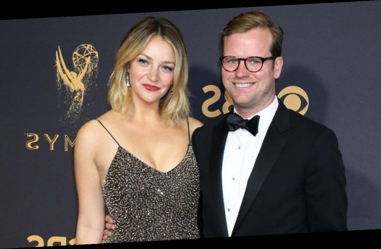 'SNL' Alum Abby Elliott Is Expecting First Child With Husband