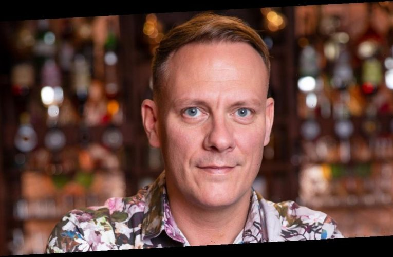 Coronation Street's Antony Cotton calls on soap bosses to bring back humour