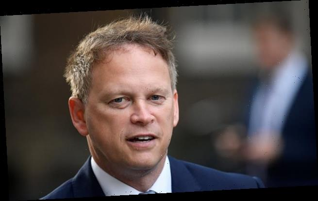 Grant Shapps adds Italy to travel quarantine 'red list'