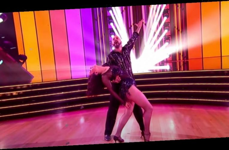 'Dancing With The Stars' Cheryl Burke Conks Head During Rehearsals, Will Perform Tonight