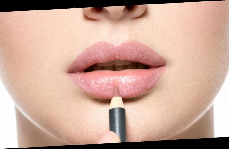Here's why you need to apply lip liner before lipstick