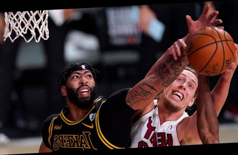 Anthony Davis, Lakers take apart short-handed Heat for Game 2 victory