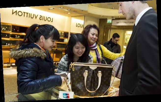 40,000 jobs are under threat if duty-free shopping is scrapped