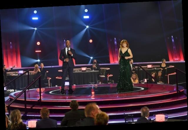 Ratings: CMA Awards on ABC Edge NBC's 'One Chicago' Lineup – but Not Fox's 'Masked Singer'