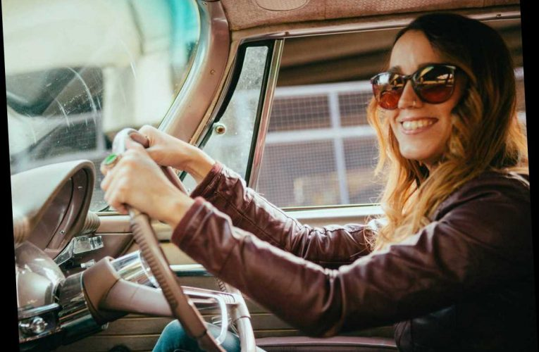 What your steering wheel position says about YOU – and perfectionists will have a firm grip