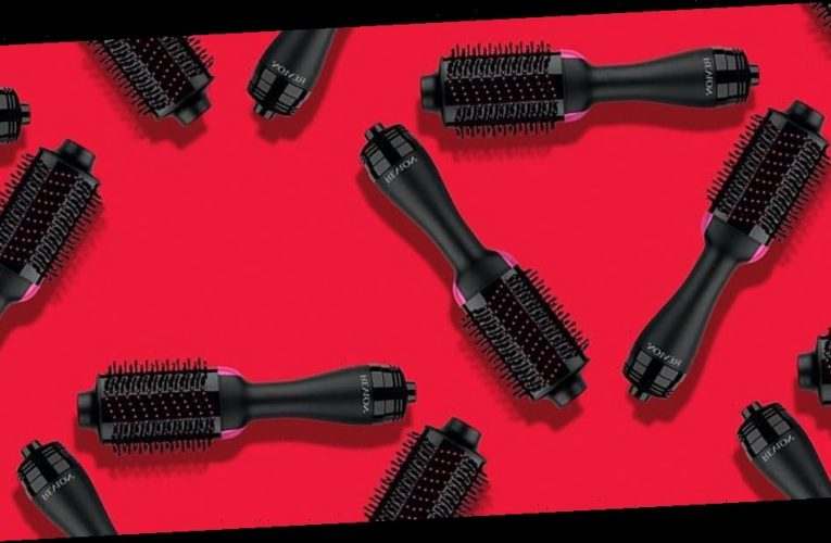 This Best-Selling Dryer Brush Is the Key to a Good Hair Day — and It's on Sale Ahead of Black Friday