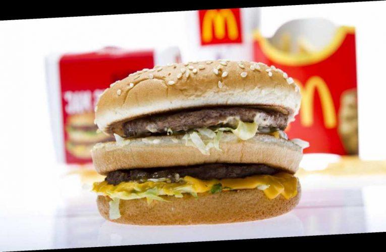 Boyfriend mocked after McDonald's burger proposal