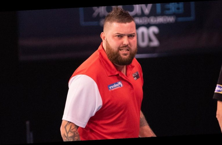 PDC Winter Series: Michael Smith wins opening day of action at Coventry's Ricoh Arena