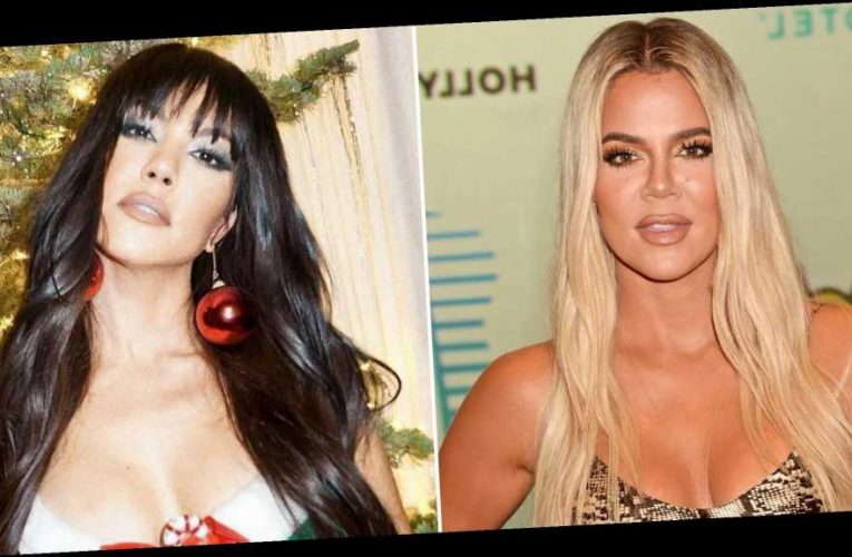 Khloe Kardashian Hilariously Trolls Kourtney's Sexy Christmas Pics