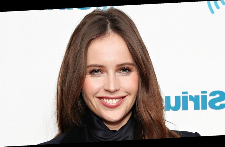 This Is How Much Felicity Jones Is Worth – Nicki Swift