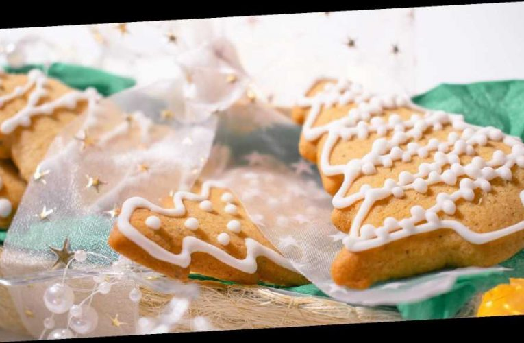 How to Enjoy Holiday Treats While Still Sticking to Your Health Goals