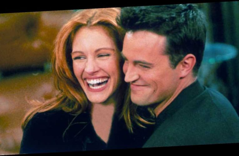 How Matthew Perry persuaded Julia Roberts to do 'Friends' Super Bowl episode