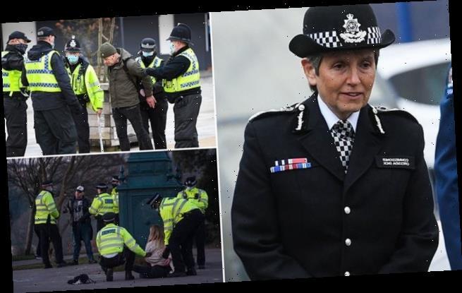 Covid UK: Met Police chief vows to fine 'preposterous' rule-breakers