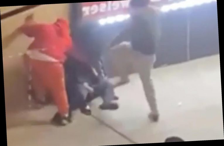 Video shows four muggers pummel Bronx man, steal his wallet