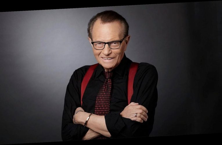 Larry King, Hospitalized With COVID-19, Leaves ICU