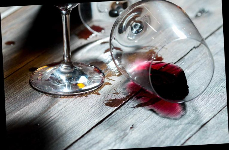 Outdoor dining fail when 'drunk' falls through table