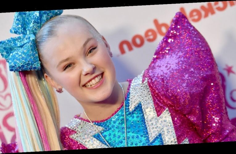 """JoJo Siwa responds to concerns over game with her image and """"inappropriate content"""""""