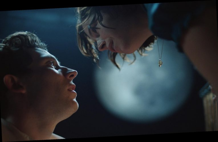 'Romeo and Juliet': Jessie Buckley and Josh O'Connor Filmed a Shakespeare Adaptation in Lockdown