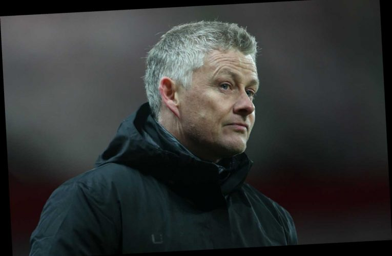 Solskjaer wants Man Utd stars to stay off social media like him as boss reveals his kids see him being abused by trolls