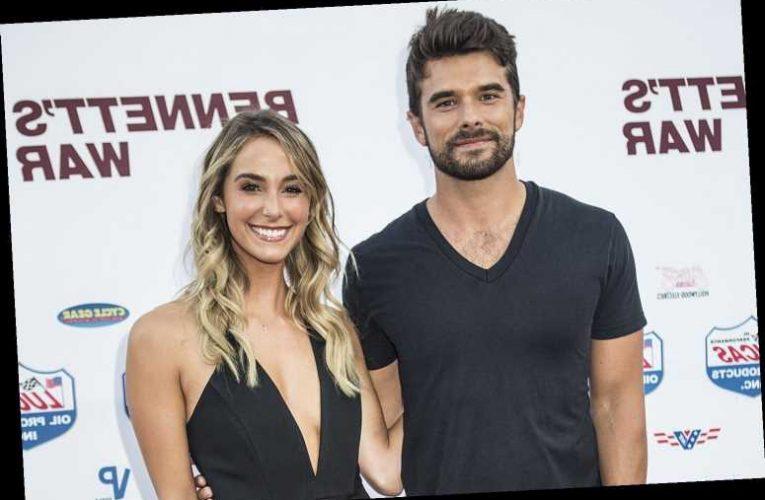 A California Christmas Stars Josh & Lauren Swickard Expecting First Child: 'Dream Come True'