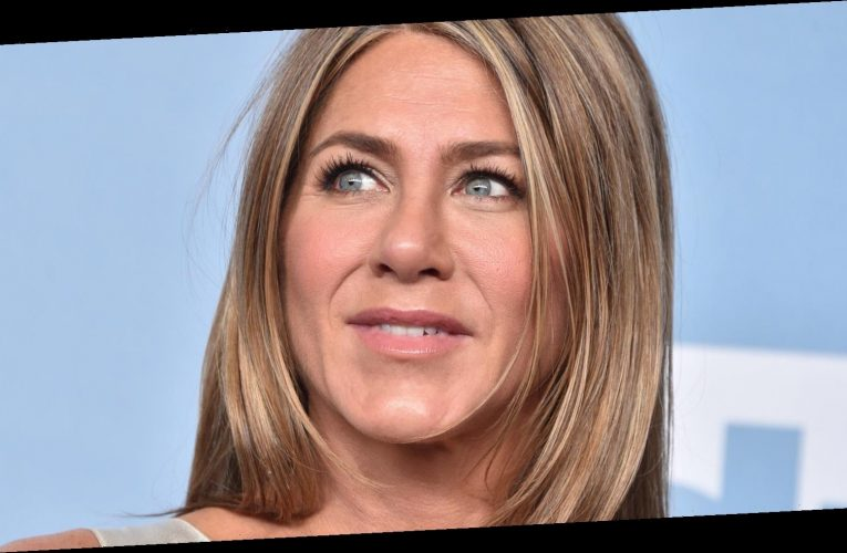 Why Fans Are So Concerned With Jennifer Aniston's Voice