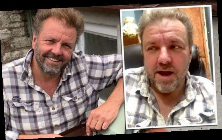 Martin Roberts issues 'sincere apologies' to Homes Under The Hammer fan